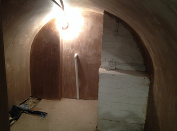 Water proofing to a vaulted cellar