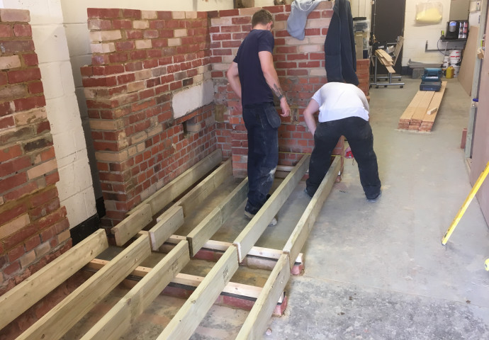 Setting out a timber floor